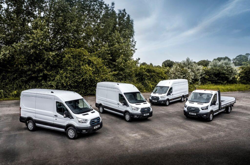 Ford a déployé dix prototypes du fourgon E-Transit chez des clients européens.