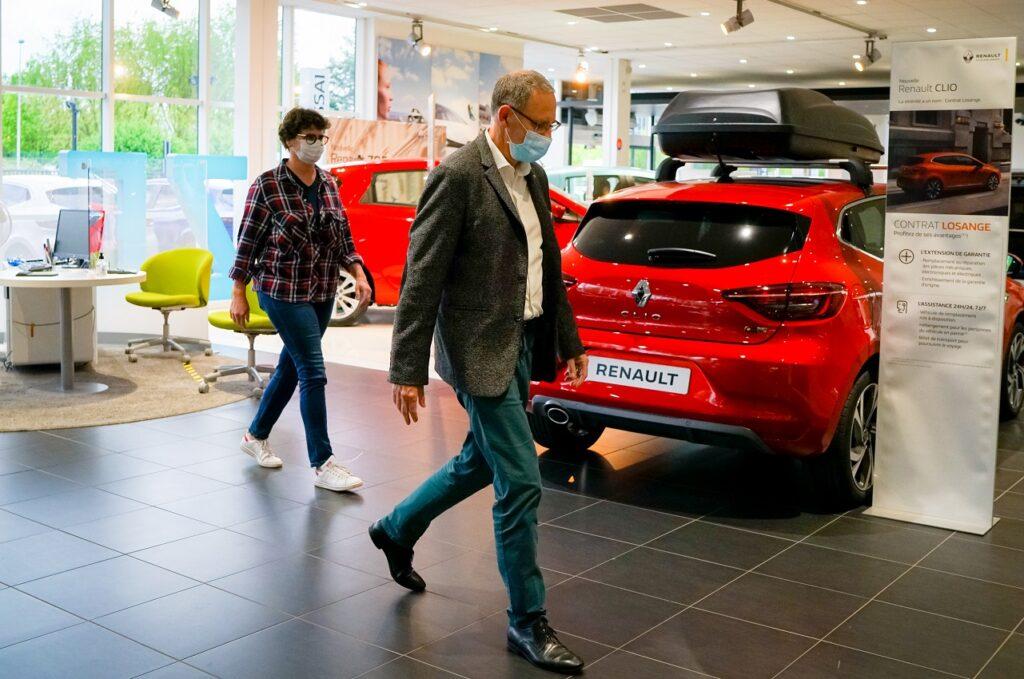 La LOA a pesé 82 % des financements sur le véhicule neuf en juillet 2021. (crédit v.fel pour Renault)