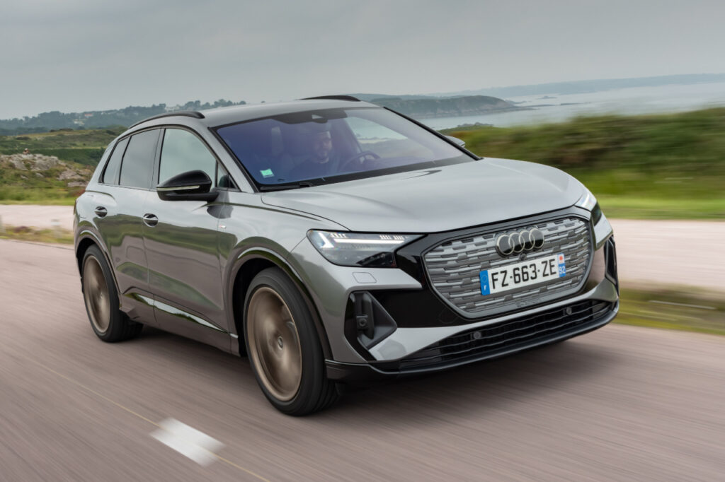 La version coupé du Q4 e‑tron, baptisée Sportback, va être lancée durant le mois de septembre 2021.