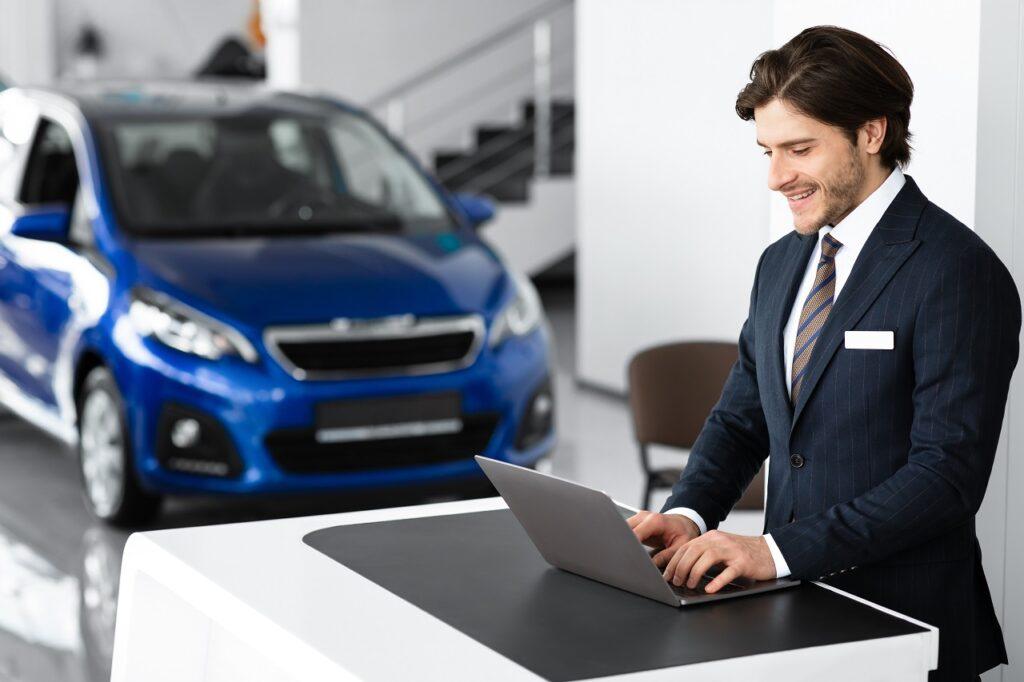 La suite logicielle autobizOffice concentre tous les services utiles au commerce digital des VO.