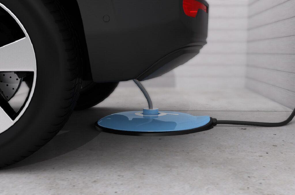 Gulplug tente de mettre au point un système qui automatise la recharge des voitures électriques.