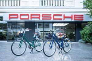 Porsche Paris adopte le vélo de courtoisie