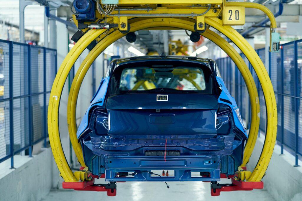 La production automobile italienne en août 2020 avait été plus élevée qu'à l'habitude, expliquant en partie le recul en août 2021.