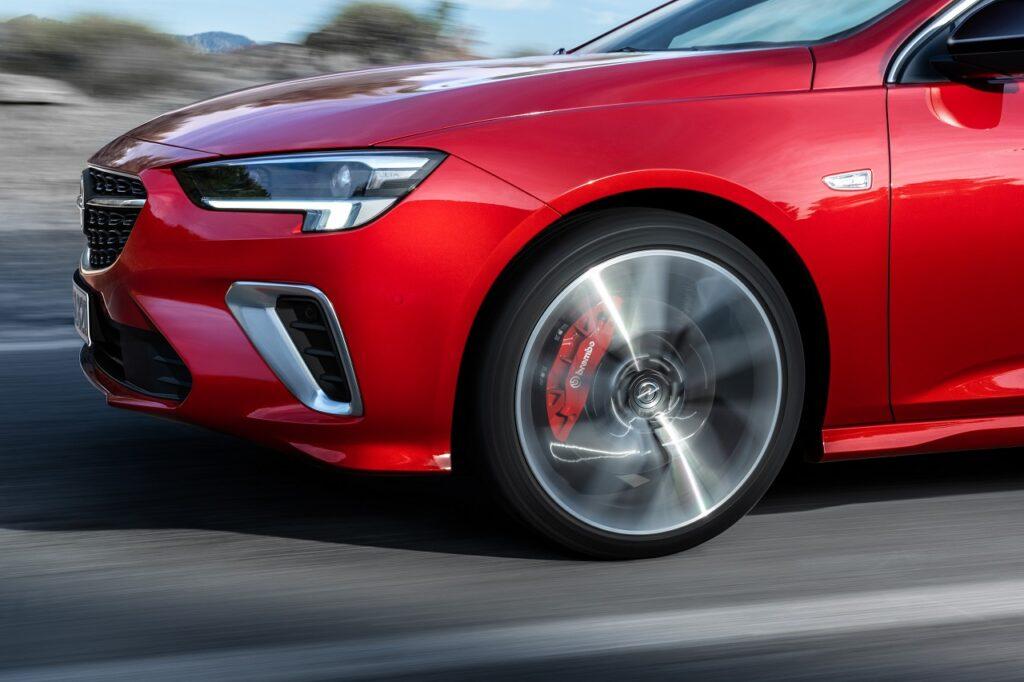 Le projet porte sur un changement de statut juridique des usines Opel de Rüsselsheim et d'Eisenach en Allemagne.