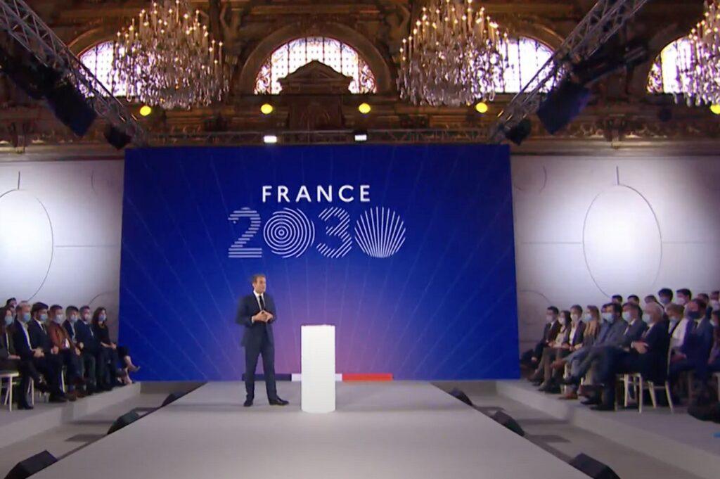 Le Président de la République a dévoilé son plan 2030 devant 200 chefs d'entreprises, universitaires et ministres.