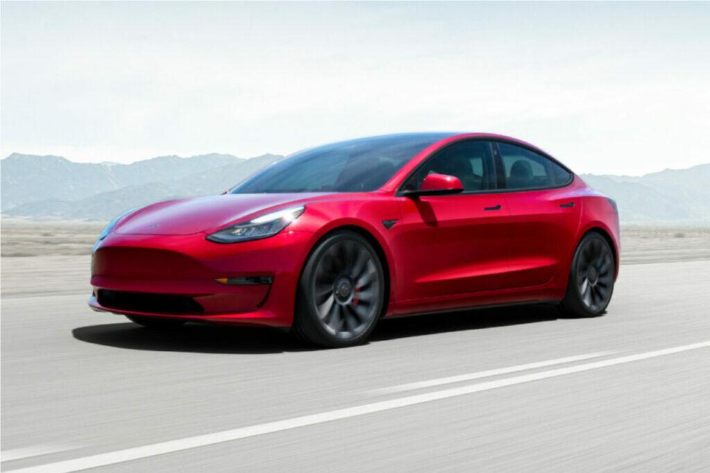 La Model 3 a été le modèle électrique le plus vendu en France, devant la Renault Zoe en septembre 2021.
