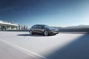 Tesla engrange des bénéfices record