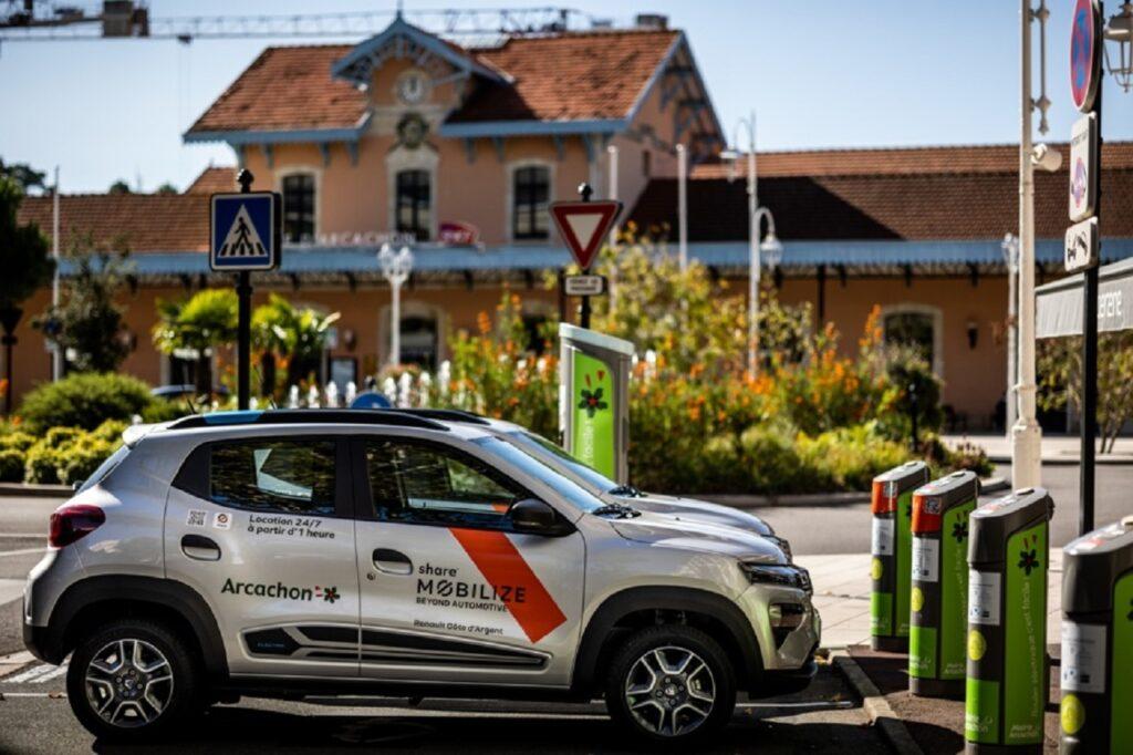 Quatre Dacia Spring seront à disposition des Arcachonnais.