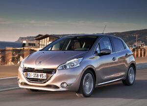Peugeot 208 : Techno parade