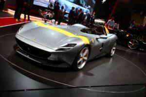 Ferrari garde le cap