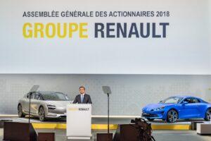 Carlos Ghosn attaque Renault
