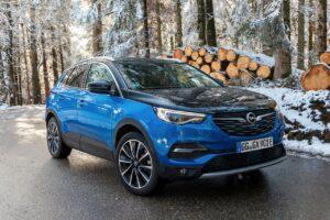Opel Grandland X Hybrid4 : l'atout CO2