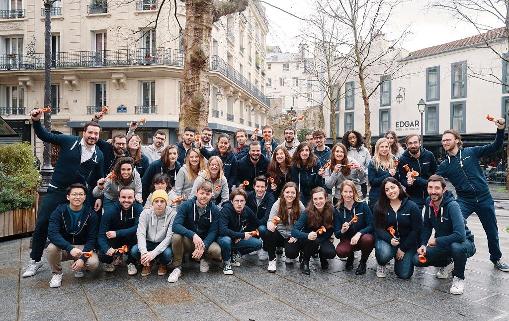 Klaxit a doublé son effectif et compte désormais 40 collaborateurs dont 20 personnes sont dédiées aux collectivités et aux entreprises.