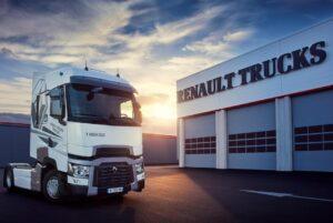 Les ateliers Renault Trucks restent ouverts