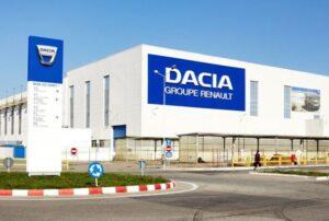 Dacia remet le contact en Roumanie