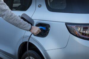 Land Rover accélère sur l'hybride rechargeable