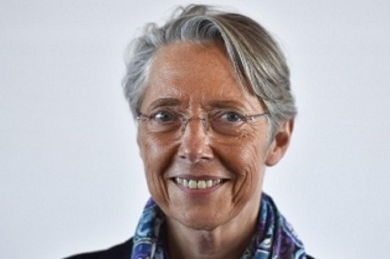 Elisabeth Borne menace les entreprises ignorant le travail à distance