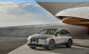 500 ch et 600 km d'autonomie pour la BMW iX
