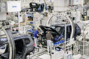 La production ralentit par manque de composants électroniques