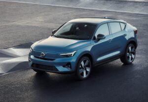 Volvo appuie sa nouvelle stratégie électrique avec le C40 Recharge