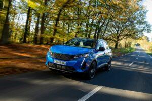 Les hybrides rechargeables portent les ventes des véhicules électrifiés en France