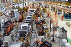 La production automobile mondiale est retombée à son niveau de 2010