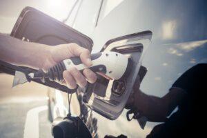 Onze nouveaux chargeurs rapides sur les aires d'autoroute BP