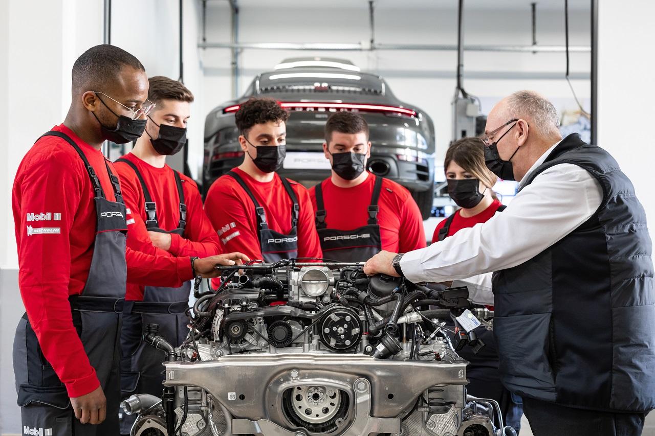 Porsche Institut recherche sa prochaine promotion