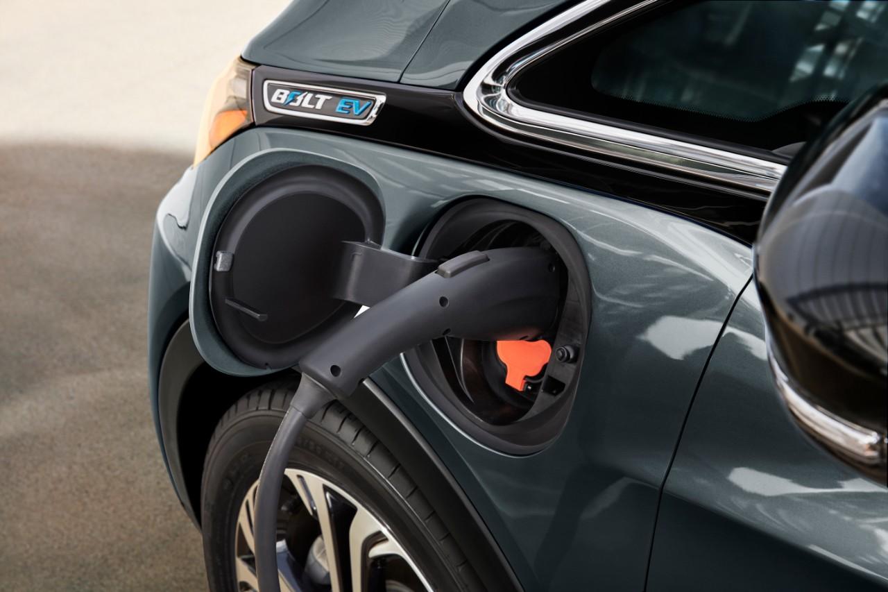 GM augmente ses investissements dans les voitures électriques et autonomes