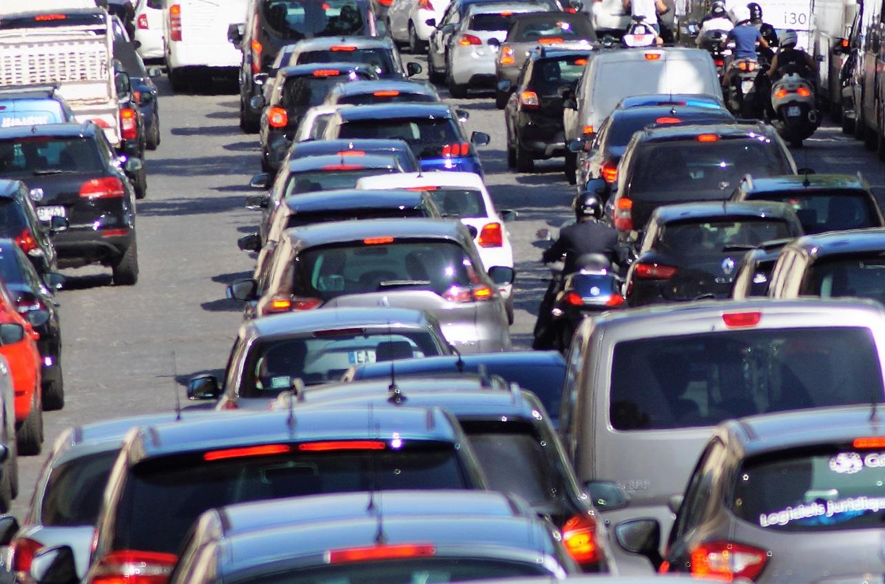 Bruxelles va interdire toutes les voitures à moteur thermique en 2035