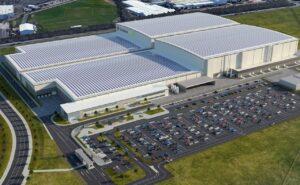 Nissan fait du Royaume-Uni sa base avancée dans l'électrique