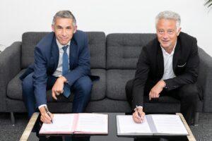 Des offres communes en faveur de l'électrique signées Toyota et EDF