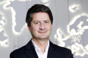 Xavier Chardon va succéder à Thierry Lespiaucq à la tête de Volkswagen Group France