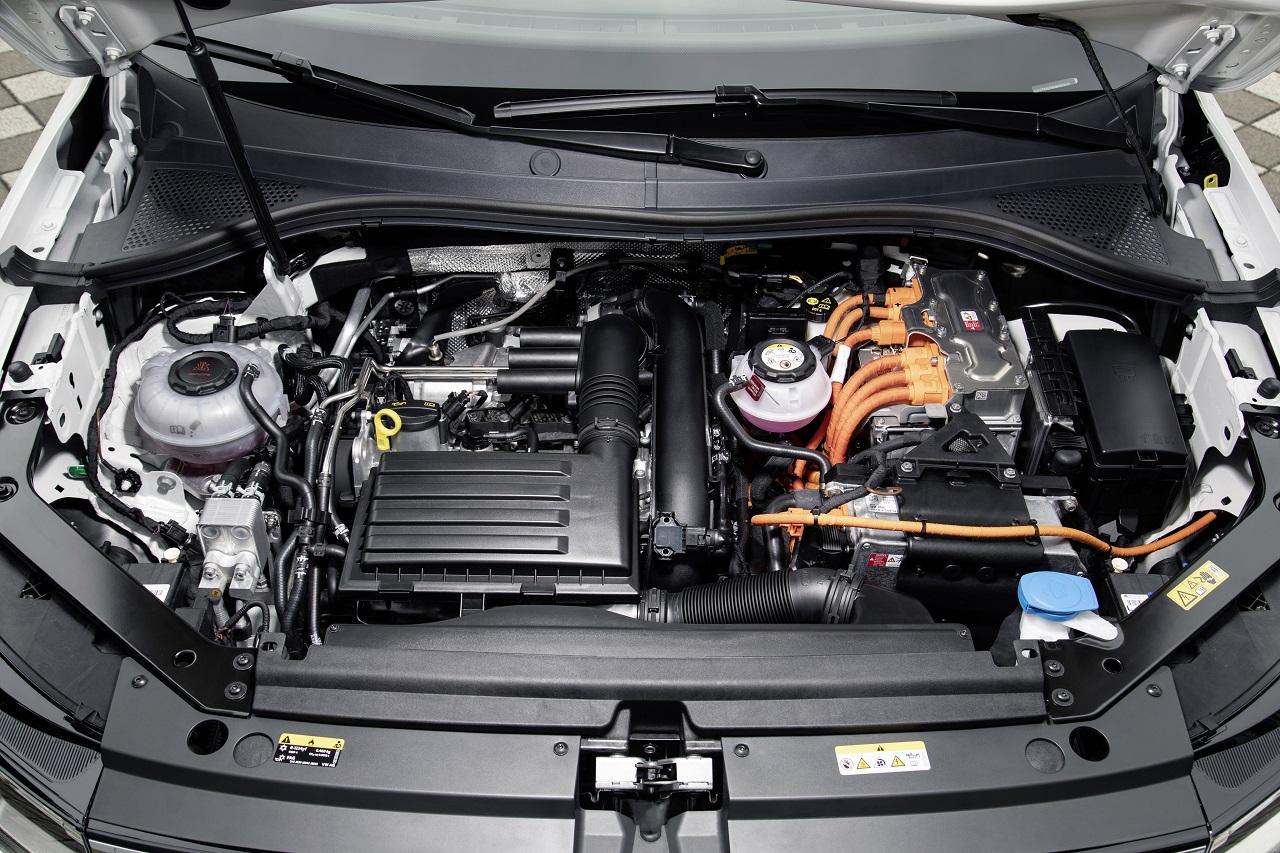 Fin des moteurs thermiques : une décision irrationnelle pour l