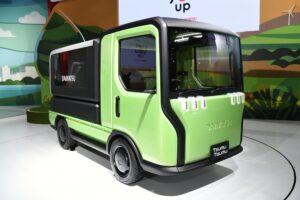 Front japonais sur les petits véhicules utilitaires propres