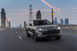 Aston Martin poursuit son redressement